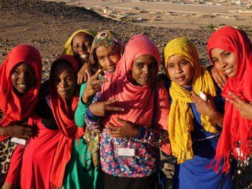 Schulausflug auf den Hl. Berg Djebel Barkal, Sudan